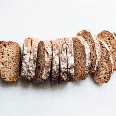 Barras de pan integral troceado. Poppyns Magazine